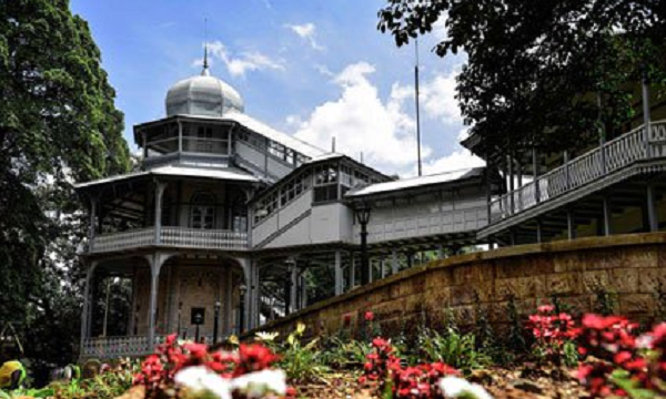 Once Menelik Palace now Unity Park attract many leaders and tourists